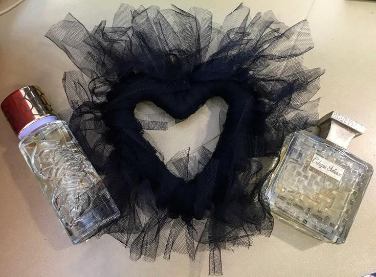 #quelquesfleursjardinsecret 🖤 #fougereroyale For her 🖤 For him #houbigant #paris #nicheperfumes #perfumes #love #rosinaperfumery #giannitsopoulou6 #glyfada #athens #greece #onlineshopping : www.rosinaperfumery.com