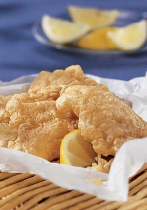 Fried Fish in Gluten Free Fish Batter - It's light and crispy! Find recipe at http://glutenfreerecipebox.com/gluten-free-fish-batter/ #glutenfree