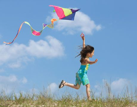 Fly kite with Layla ( need to try again on a windy day, first attempt was a total fail :(