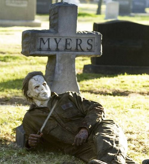 Michael Myers in a sexy pose ;) #halloween