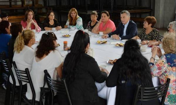 En el Día Internacional de la Mujer, Macri y Vidal visitaron un comedor comunitario de Florencio Varela