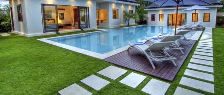 Césped artificial para piscinas. #cespedartificial  Más información: http://www.cespedartificialiag.es