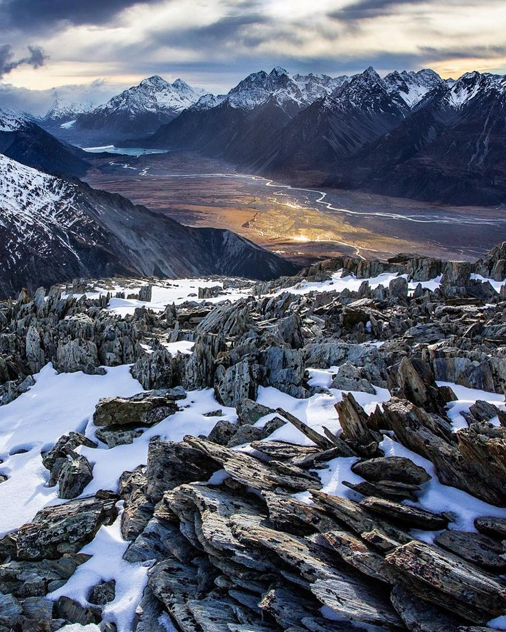 The Breathtaking Nature Landscapes of New Zealand by Rachel Stewart #inspiration #photography