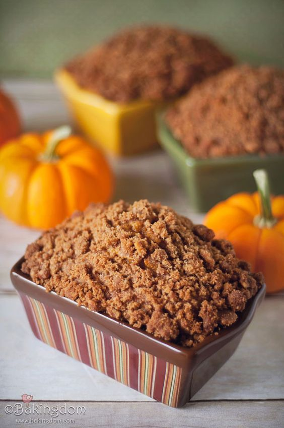 Pumpkin bread with cinnamon streusel topping.
