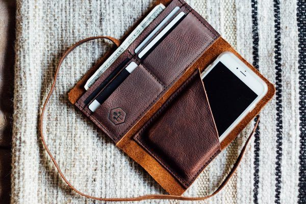 The Hustler Wrap Wallet With Phone Sleeve