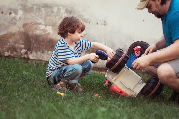 6 Ways to Make Time with Your Kids Count When You Don't Get a Lot of It via @helloparentco