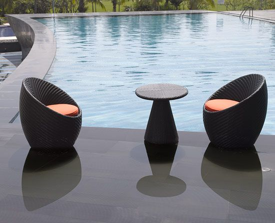 Can you imagine yourself dining next to your pool at your Salima Dining Set? We can. http://www.soakbath.ca/index.php/site/productsPatioItem/salima_dining_set/