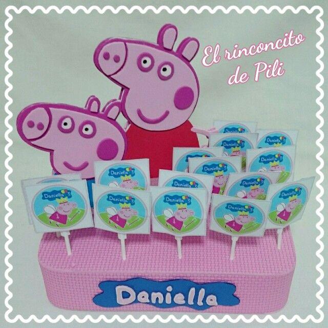 Centro con piruletas cumpleaños Peppa Pig