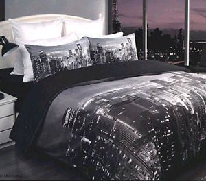 How To: New York City Themed Bedroom | eBay                                                                                                                                                      More