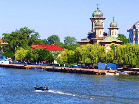 Orthodox-Cathedral-Sulina Danube delta-Romania- (63 pieces)