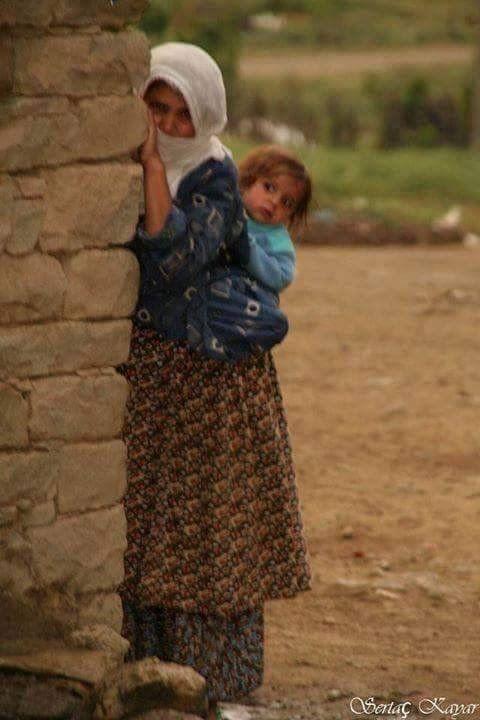 anadolu kadını ve çocuğu - Google'da Ara