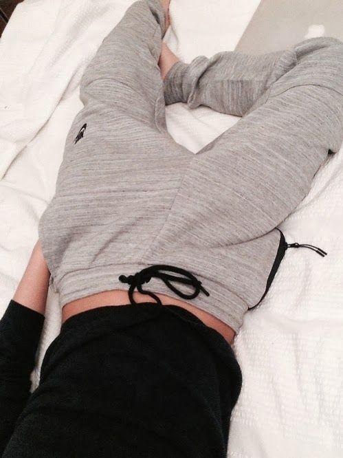 Cuffed nike loose grey pant style