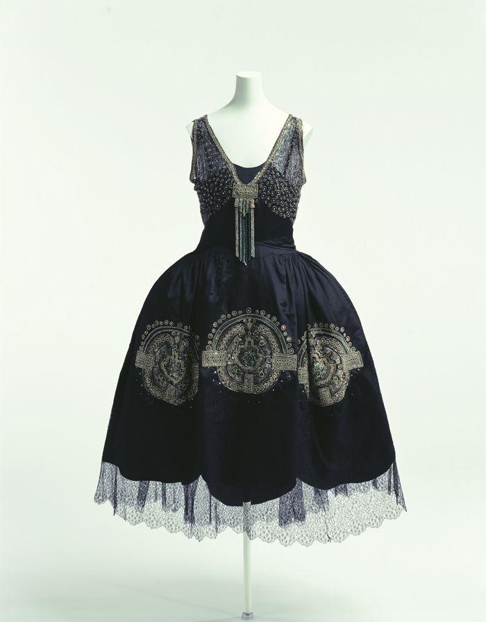 """Lanvin robe de style ca. 1925 From the Kyoto Costume Institute via World Fashion Channel """""""