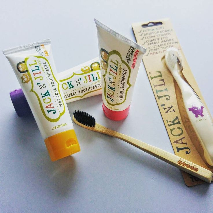 Planet friendly and free of nasties dental care for the littlies.  The yummy flavours will sure make the little ones a fan of brushing.  Shop at:  http://ift.tt/2cr6aE8  #jacknjillkids #pearlbar #pearlbartoothbrush #toothbrush #naturalliving #natural #planetfriendly #toothpaste #naturaltoothpaste #organic #crueltyfree #eco #environmentallyfriendly #avanaaustralia #pin #kids #baby #brushing #teeth