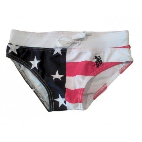 COSTUME DA BAGNO BIMBO U.S.POLO ASSN KIDS Costume da bagno da bambino della U.S.Polo Assn Kids con tessuto stampato bandiera americana, coulisse elasticizzata e logo ricamato. Costumi da bagno della U.S.Polo Assn Kids comodi e pratici, per le vostre giornate al mare e in piscina. #uspoloassn #costumidabagno #costumi #beach #mare #piscina #sea #baby #bambino #bimbo #baby #kid #junior #teen #child #children #boys beachtowel #shoponline #ecommerce #fashion #moda #saldi #sconti #promozioni