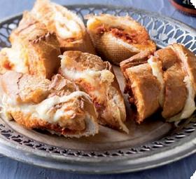 Tomato and mozzarella bread  #picknpay #finest