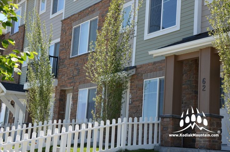 Here is a great new project using our Cobble Ledge profile. Color of choice: Shale. www.KodiakMountain.com