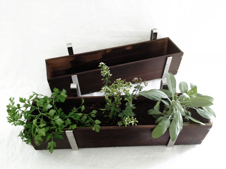 1000 ideas about balcony planters on pinterest planters planter boxes and trellis ideas. Black Bedroom Furniture Sets. Home Design Ideas