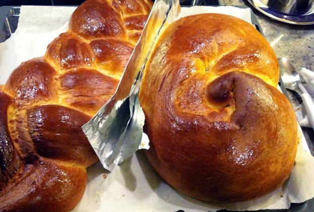 Τσουρέκια της Αργυρώ - Argyro's Easter sweet bread