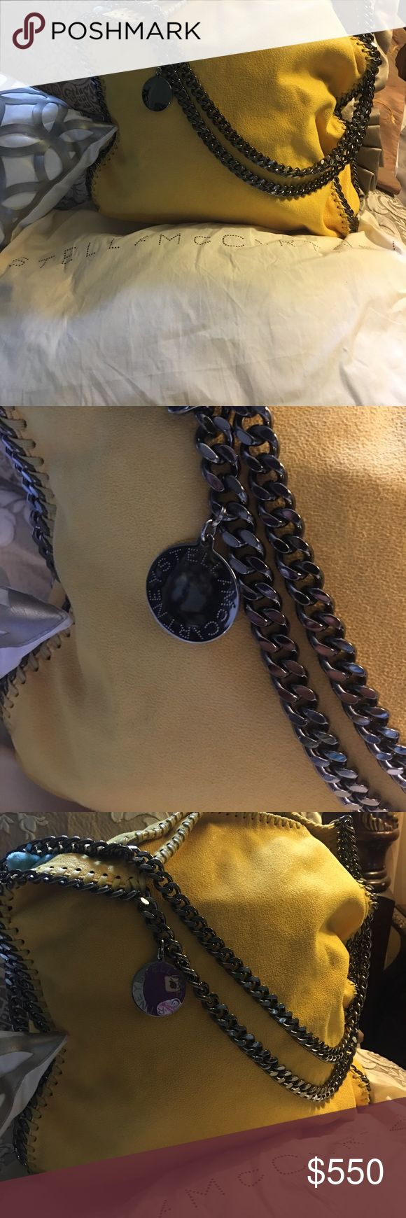 Stella Maccartney Purse Great condition! It doesn't have any damage! It comes with original dust bag Stella McCartney Bags Totes