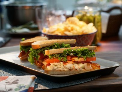 Get this all-star, easy-to-follow Lobster BLTs recipe from Valerie's ...