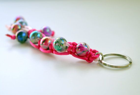 An impressive 2015 Good Luck #Key Chain to put your  home or #car keys.. It is made from acrylic handpainted  beads.  From a metal silver  ring, hanged a pink and a fucchsia... #keychain #brelock #keys #house #key #holder #holidays #christmas #ornament #decoration #glossy #beaded