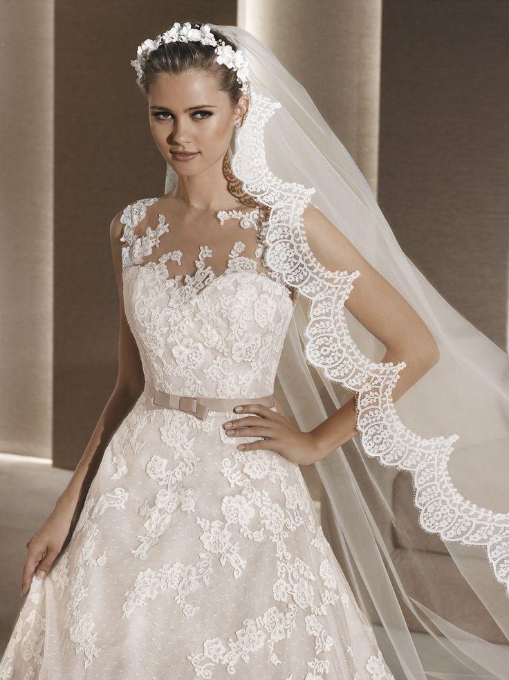 Roby - La Sposa - Esküvői ruhák - Ananász Szalon - esküvői, menyasszonyi és alkalmi ruhaszalon Budapesten