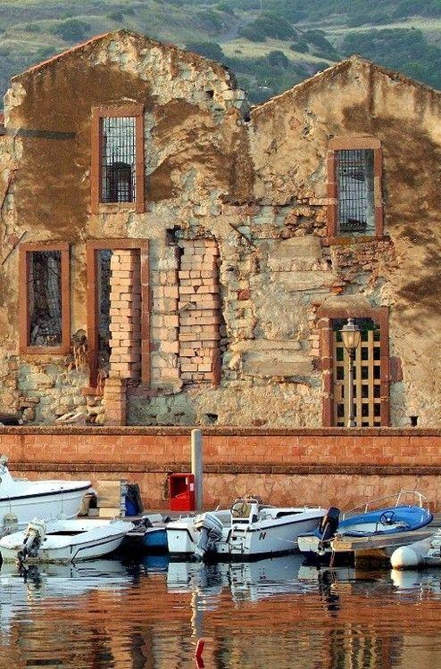 (via Bosa Tannery, a photo from Nuoro, Sardegna | TrekEarth)  Bosa, Sardinia, Italy