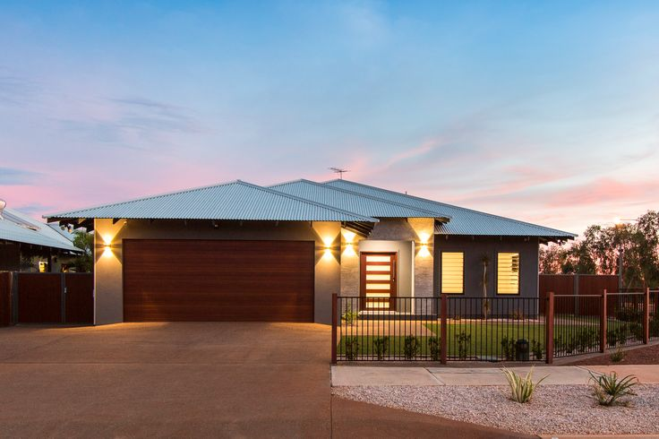 STRICKLAND FACADE BY CONNOLLY HOMES BROOME BUILDER
