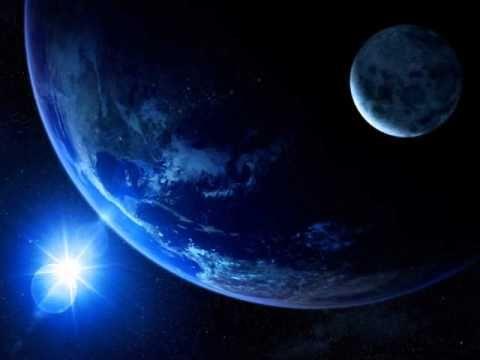 Hem... Bulan Januari Ini Bakal Ada Fenomena Mengagumkan Di Angkasa Lho  ilustrasi  Januari tahun ini sepertinya akan menjadi bulan yang menakjubkan. Pasalnya akan ada tiga fenomena alam dari luar angkasa yang bisa dilihat dari Bumi. Berikut tiga fenomena tersebut dan waktu terjadinya seperti dikutip dari laman Mirror Kamis (5/1/2017): 12 Januari  Penampakan Planet Venus Planet yang identik dengan diprediksi akan mencapai rentang terdekat dengan Bumi pada 12 Januari 2017. Venus akan berada…