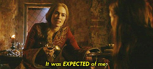 Vouloir secrètement que Cersei Lannister réussisse, parce qu'au fond, on sait bien que c'est elle la vraie héroïne de la série.   19 luttes que seuls les fans de Game of Thrones comprendront