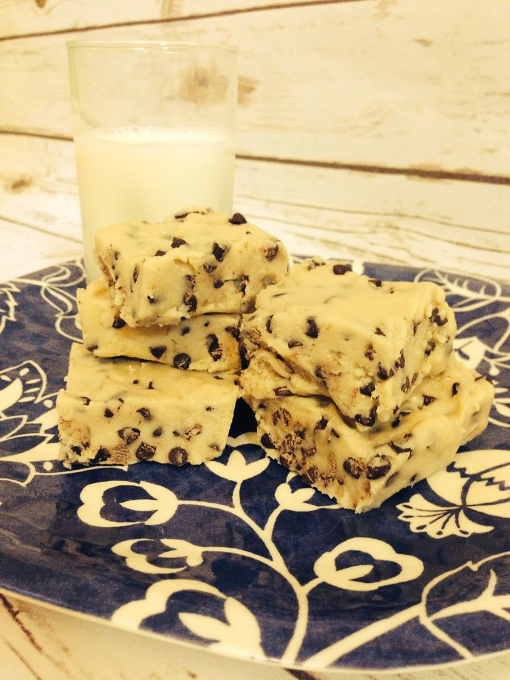 No-Bake Egg-Free Cookie Dough Bars. Ridiculously easy & addicting