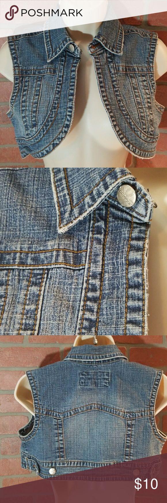 Younique Sz M Beautiful Blue jean vest Super cute!!~ so many ways to wear this vest~ length 12 Younique Jackets & Coats Vests