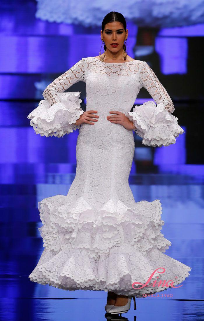 Trajes de flamenca blanco perforado