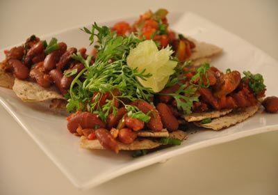 #Rajma #salsa #dip with #Khakhra http://www.foodfood.com/recipes/rajma-salsa-dip-with-khakhra/