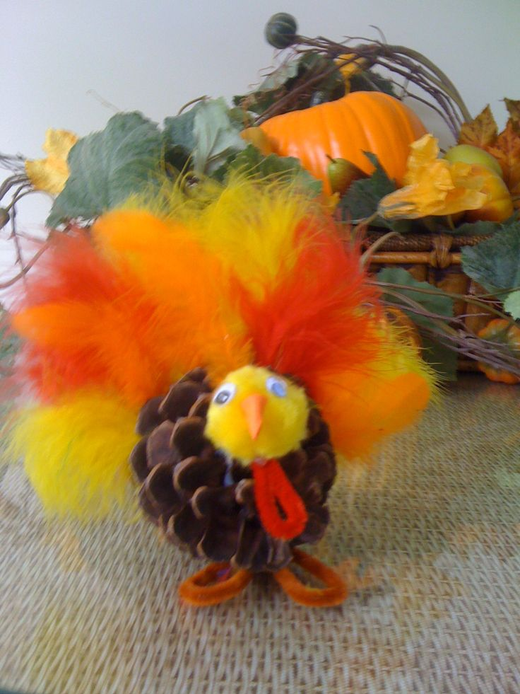 Corn stalks pipe cleaners and pipes on pinterest for Pipe cleaner turkey craft