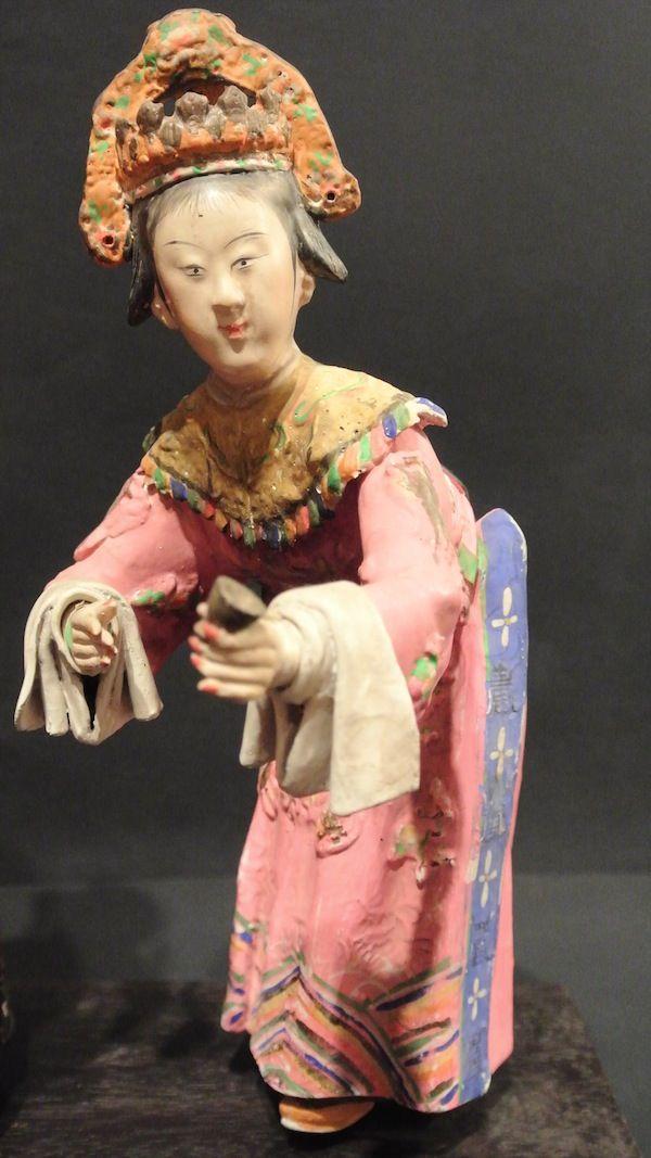 #Plaster's Theatrical #Characters from XVIII Century, #China Coppia di stucchi cinesi raffiguranti personaggi teatrali, secolo XVIII, Cina. Base 24 cm; h: 23.5 e 22 cm More info: Website: www.arte-orientale.com Email: arteorientale.bo@gmail.com