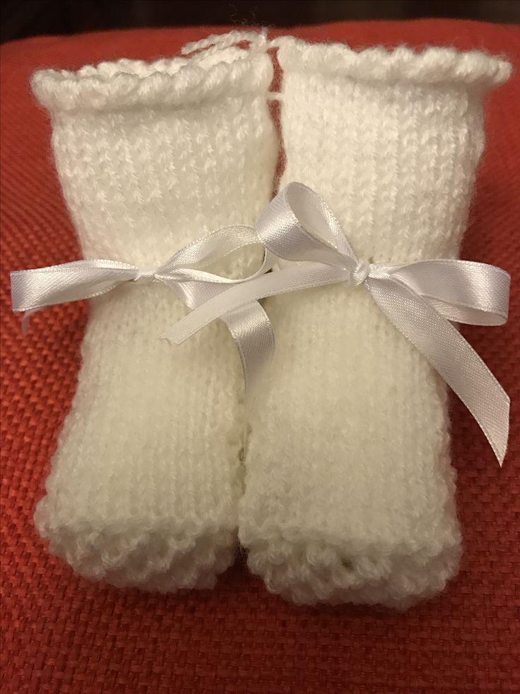 Scarpine bianche a maglia rasata e punto ape