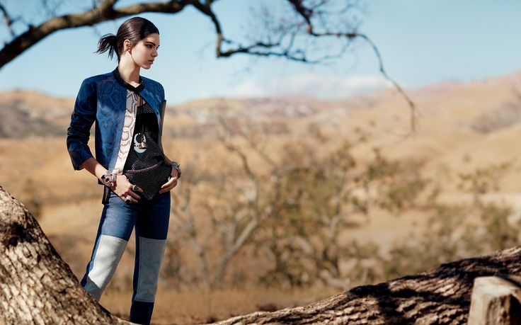 Carleen Denim | Kendall Jenner in the Season's Most Stylish Crop Jackets – Vogue