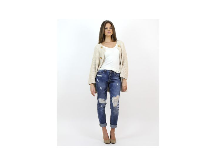 Casual Distressed Boyfriend Jeans - #jeans & #trousers - Famevogue  #haine #moda #style #trends #casual