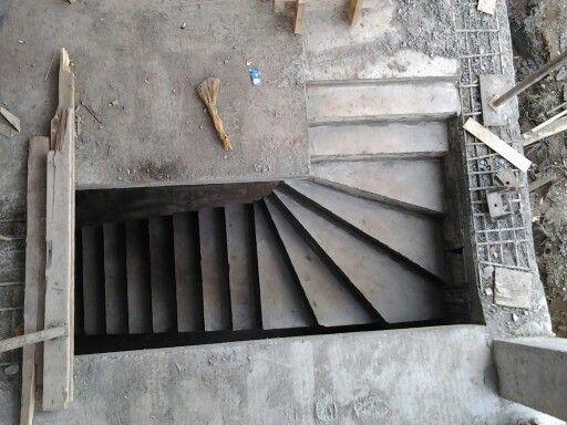 Да это только бетон ну все равно делай свою работу красиво видите разницу город Грозный 2013 год 89639825252-89639875252