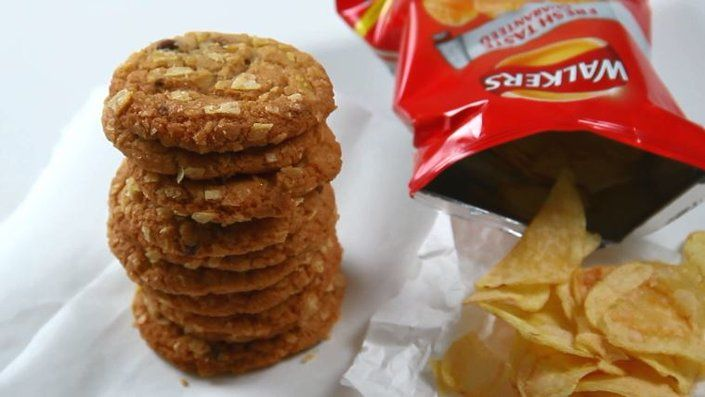 Ready salted crisp cookies