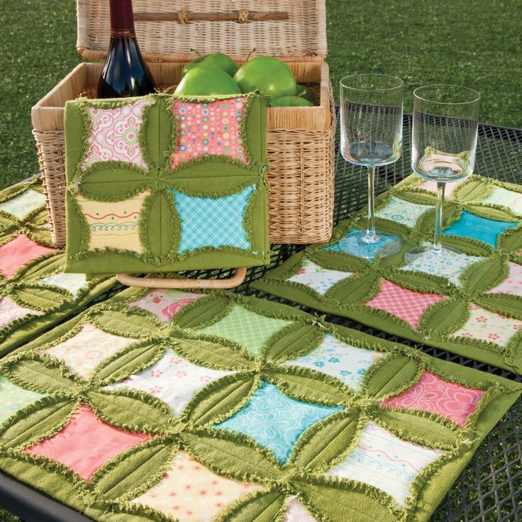 New Accquilt Die- GO! Rag Circle by Heather Banks!!! (Made here with lovely green denim)