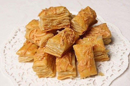 Resep Membuat Kue Keju Kering Yang Renyah Baca resepnya disini ya http://resepgratiss.blogspot.com/2015/03/resep-membuat-kue-keju-kering-yang.html