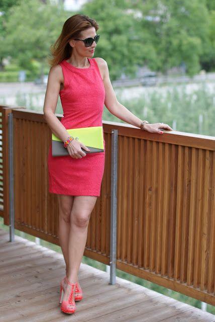 Zara coral dress, abito corallo, Loriblu shoes, scarpe Loriblu applicazioni, Fashion and Cookies, clutch Melissa