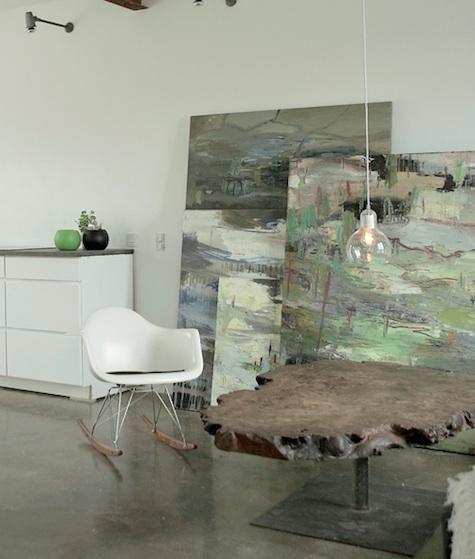 art-decoration-coffee-tables-concrete-floors