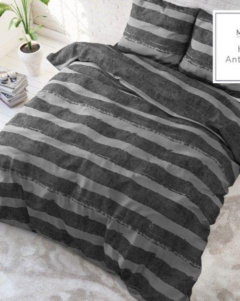 b04d2fff6 Moderne pruhovane postelne obliecky tmavo sivej farby 200x220 Posteľné  obliečky