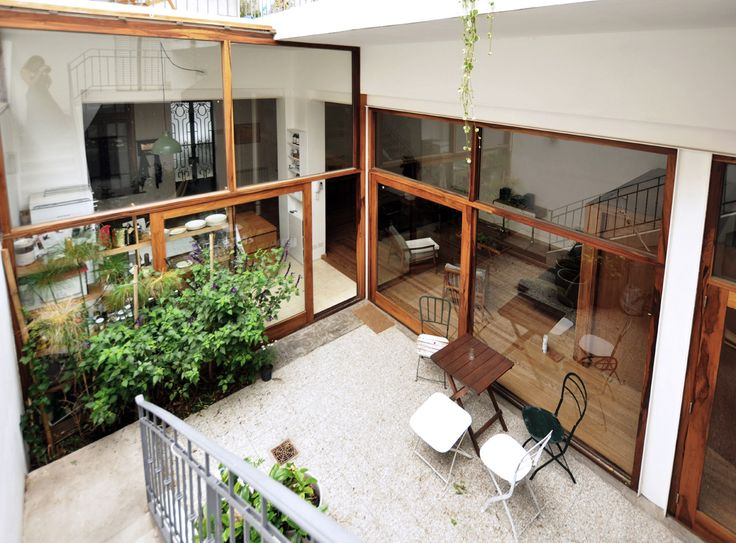 Image 10 of 20 from gallery of Casa Vlady: House Refurbishment / BVW Arquitectos. Photograph by Lula Bauer / BVW Arquitectos