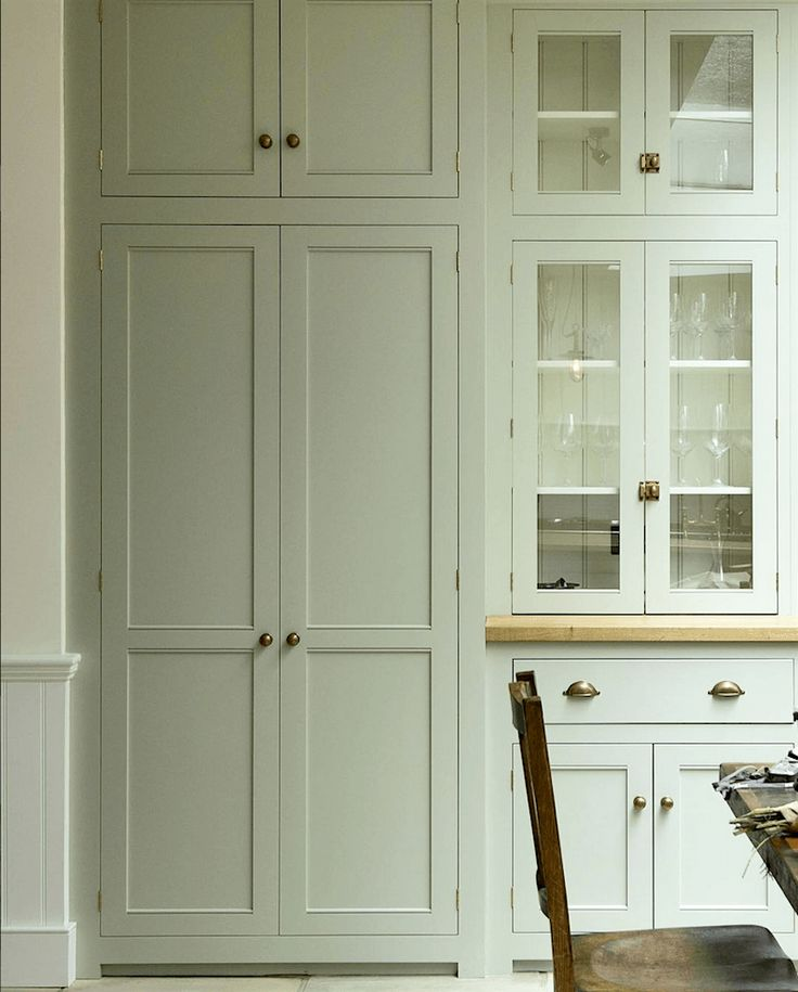 Breathtakingly Beautiful Classic Kitchens That Are Not White - laurel home - In love with this beauty from De Vol kitchens