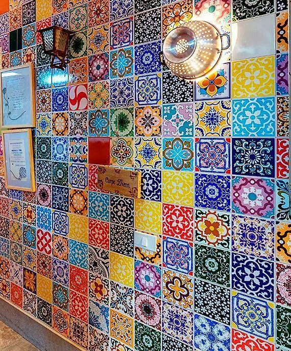 Boho love behind stove in kitchen casa pinterest for Pintura azulejos barata